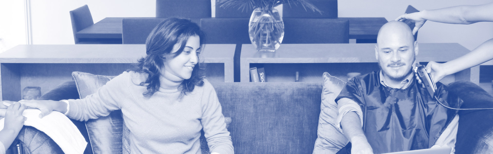"INSTANT SALON: El salón de belleza a un ""click"" de distancia"